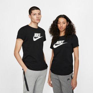 Camiseta Nike Essentials Icon Futura Feminina