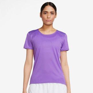 Camiseta Nike Icon Clash Run Feminina