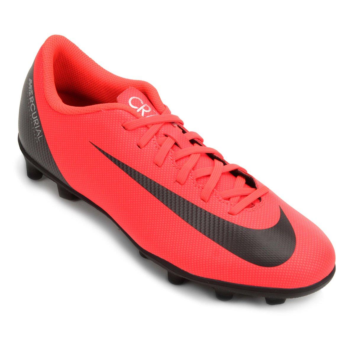 c43ebfe873 Chuteira Campo Nike Mercurial Vapor 12 Club CR7 FG - Vermelho e ...