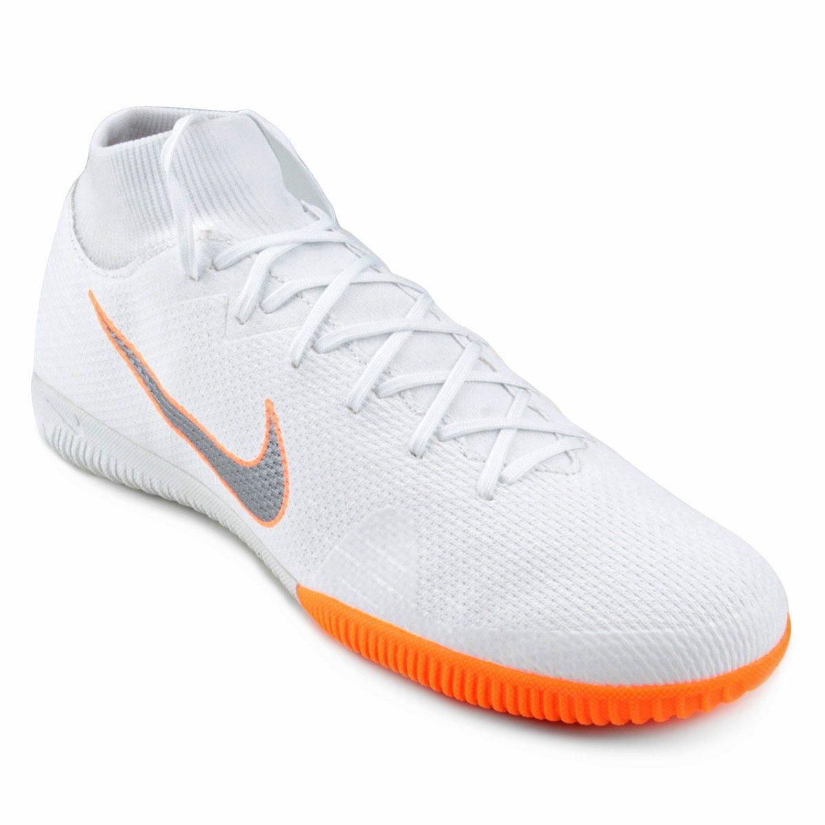 Chuteira Futsal Nike Mercurial Superfly 6 Academy - Branco e Cinza ... d269d0c3d85e6