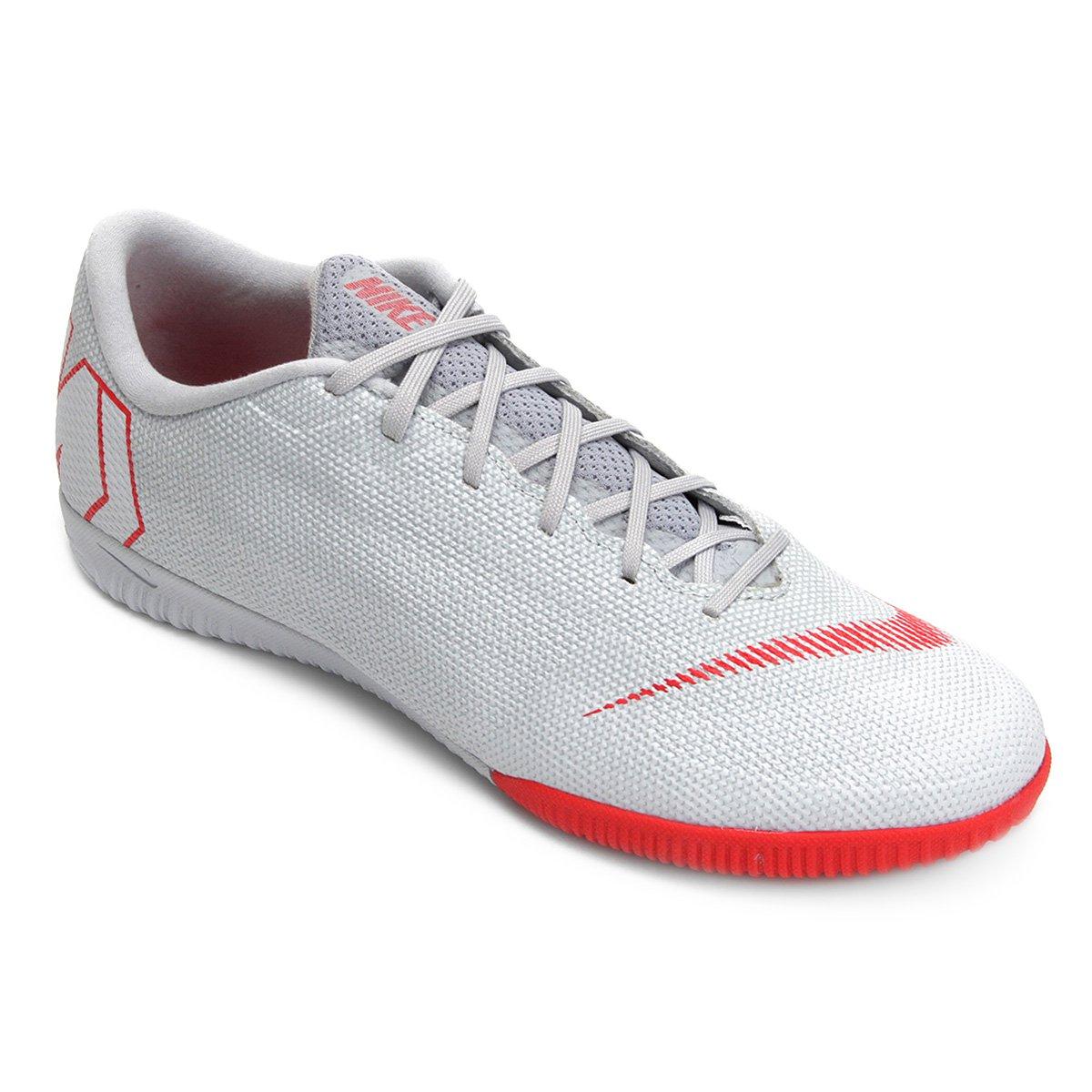 b707507caa2 Chuteira Futsal Nike Mercurial Vapor 12 Academy - Cinza - Compre ...