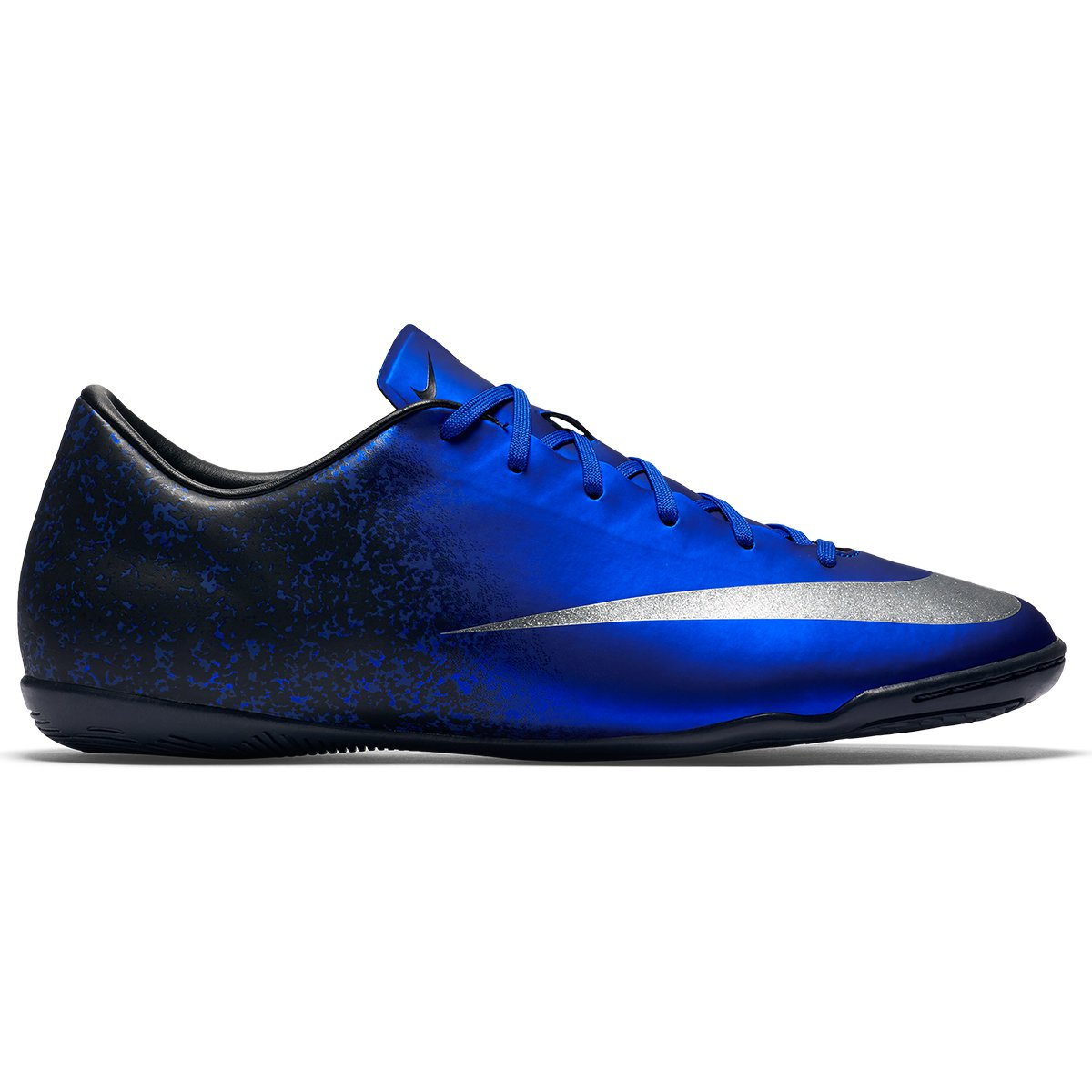 ae76b5cf3c72f ... Reviews) Chuteira Nike Mercurial Victory 5 CR7 IC Futsal - Azul e Prata  ...