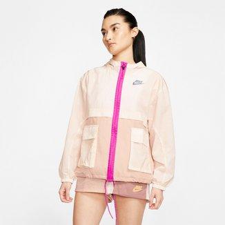 Jaqueta Corta-Vento Nike Sportswear Icon Clash Feminina