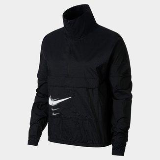 Jaqueta Corta-Vento Nike Swoosh Run Feminina