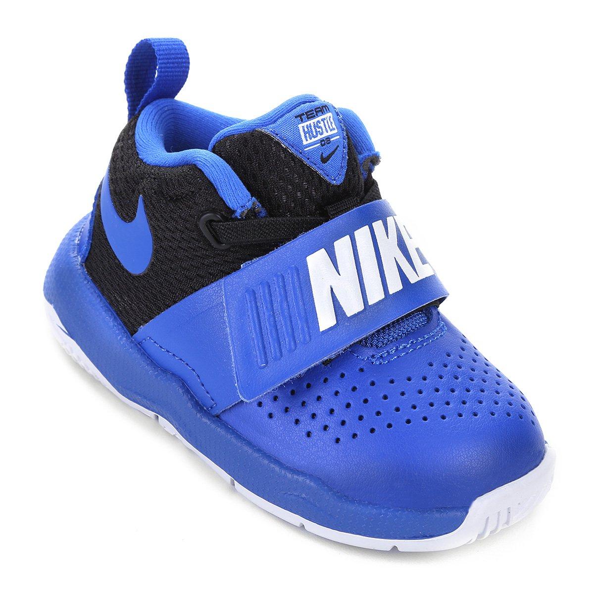 a1bdf3cd397 Tênis Infantil Couro Nike Team Hustle D Masculino - Azul Royal e Preto -  Compre Agora