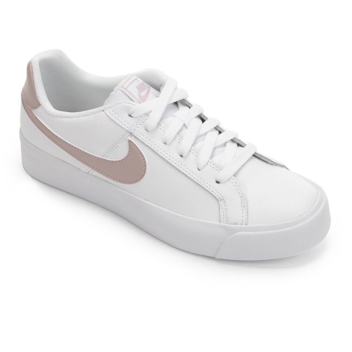 ba0e9f440a Tênis Nike Court Royale Feminino - Branco - Compre Agora