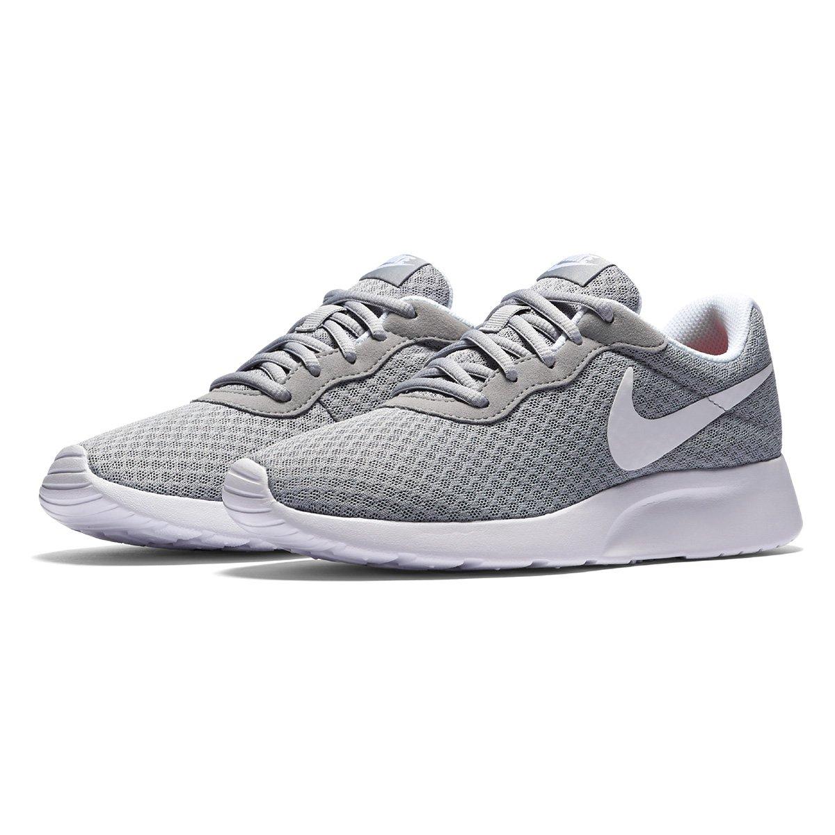 f9930a3e77e Tênis Nike Tanjun Feminino - Cinza e Branco - Compre Agora