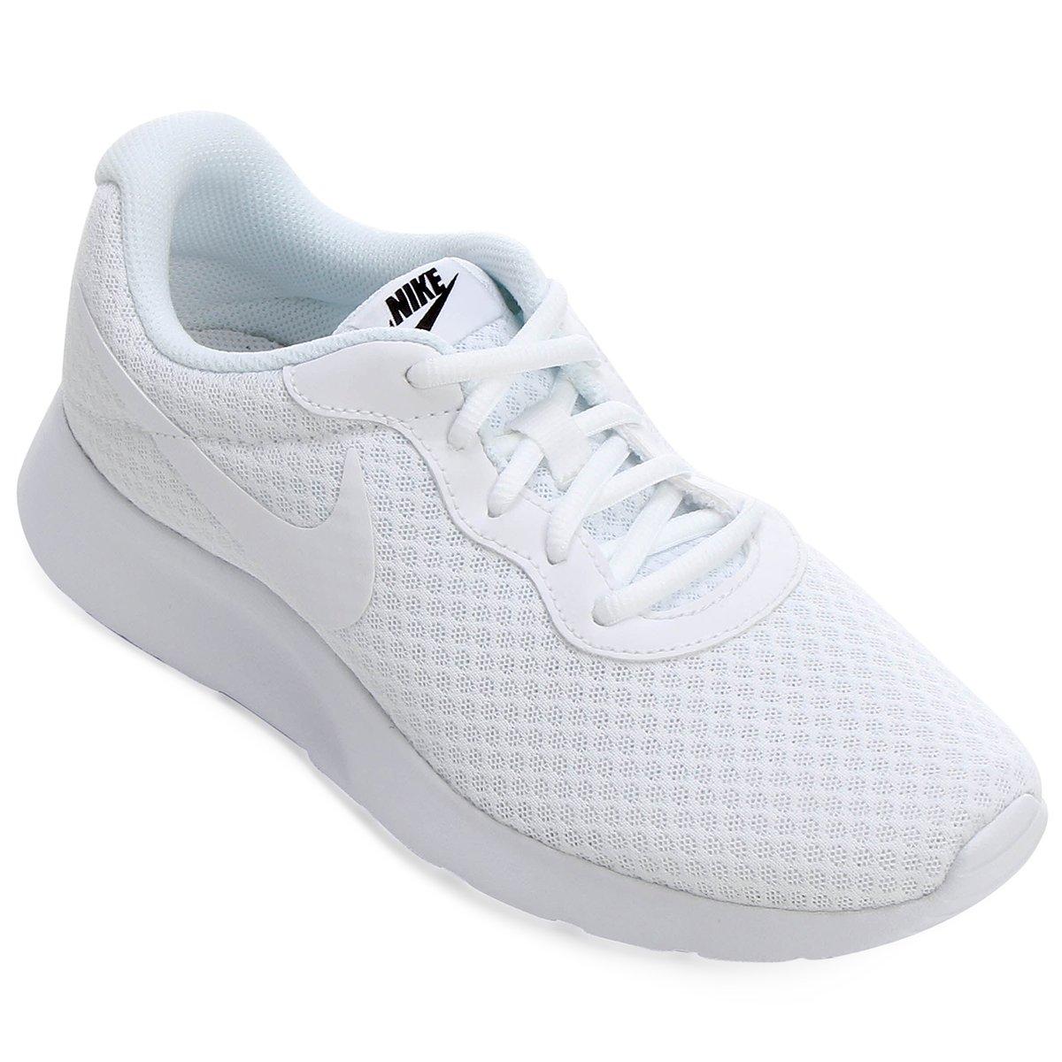 d5e4dced788 Tênis Nike Tanjun Feminino - Branco e Preto - Compre Agora